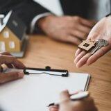 チャットレディが賃貸契約の審査に通過する方法